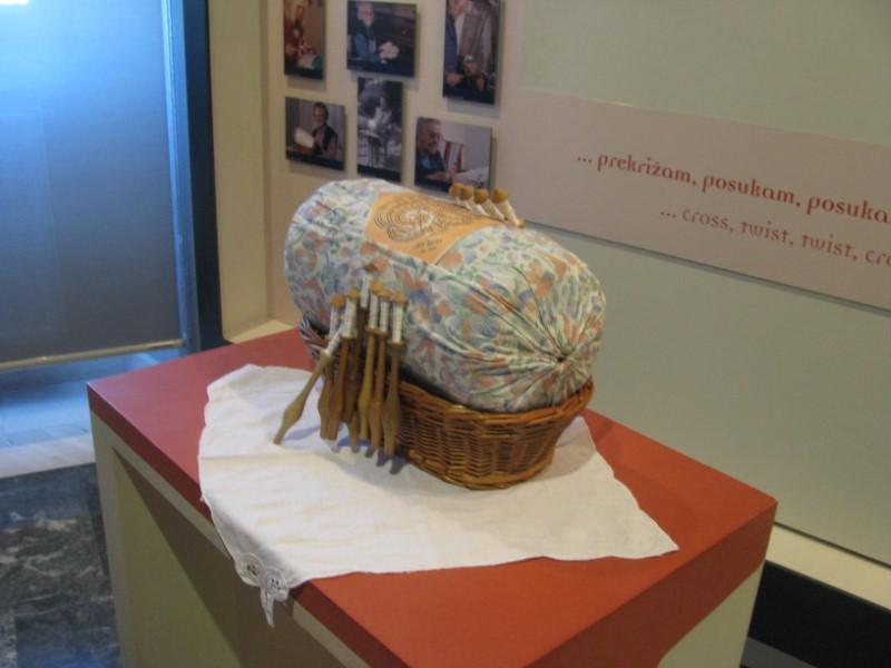 Šestošolci so obiskali Muzej in Antonijev rov v Idriji