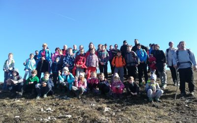S planinskim društvom Podnanos na kulturni izlet v neznano